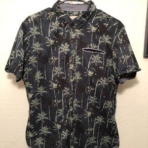 Level Ten - Palm Tree Casual Button Up Shirt